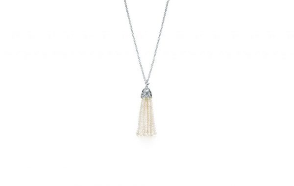 Olive-Leaf-Pearl-Tassel-Necklace