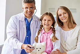 Cardiologists are doctors who specialize in diagnosing and trting diseases or conitions of the heart and blood.