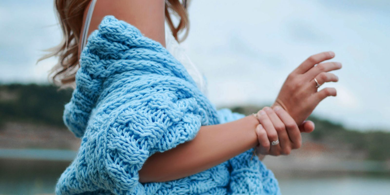 beautiful-girl-with-blue-sweater