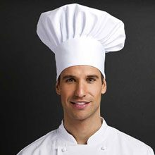 Junior Chef Trained in Modena under the hands of Francesca Gianni, he leads the weeknight crew.