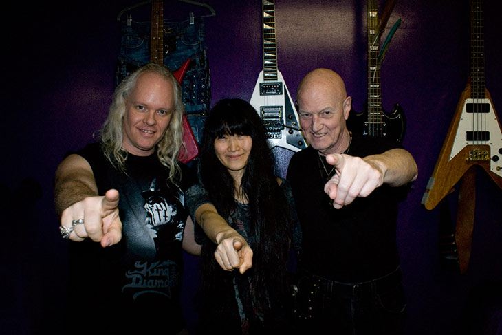 WordPress theme Redesigning AC/DC Drummer Chris Slade's Site in 3 Days!